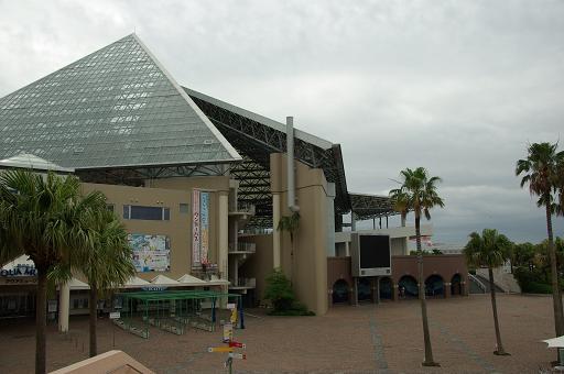 120623-03aqua museum view