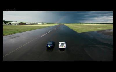 ジャガーXKR-S vs ニッサンGT-R