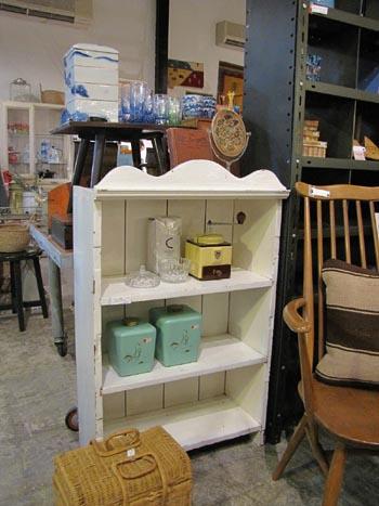 アンティーク 家具 白ペイント オープンラック 飾り棚 店舗什器