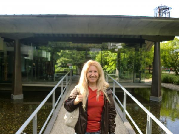 カウチサーフィン(ブラジル、レジーナ)、宇治市源氏物語ミュージアム