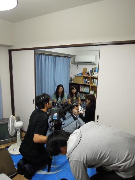 カウチサーフィン(香港、アンジェラとメイ)、撮影風景3
