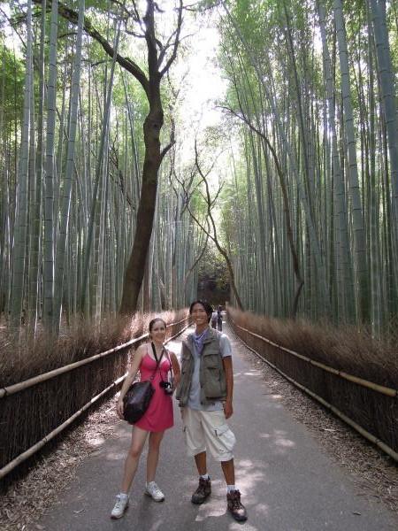 カウチサーフィン(アメリカ、エイミーとダレル)、竹林の小路