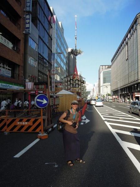 カウチサーフィン(ドイツ、グドラン)、祇園祭の山鉾