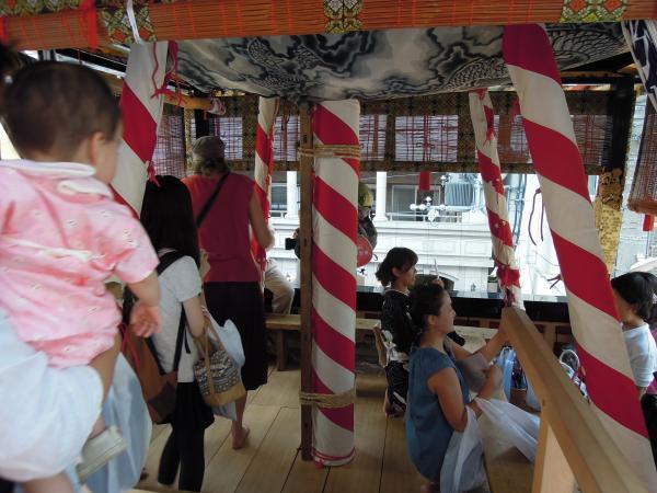 カウチサーフィン(ドイツ、グドラン)、祇園祭の山鉾その2