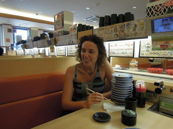 カウチサーフィン(スペイン、マリア)、回転寿司にて