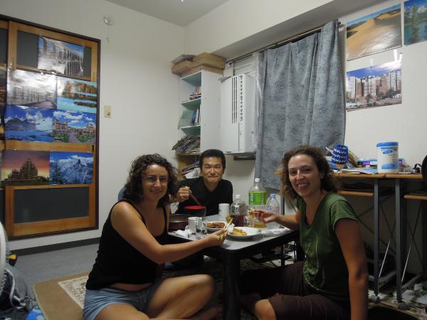 カウチサーフィン(スペイン、マリアとソレ)、私の家で夕食