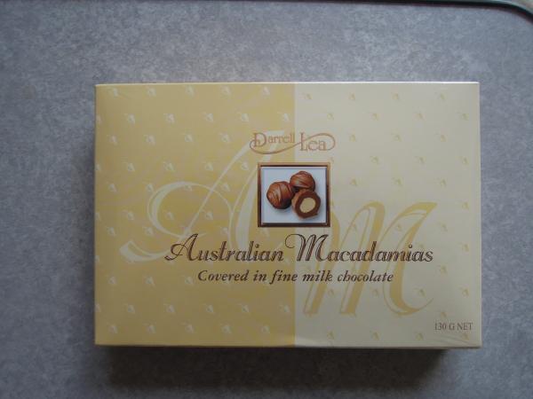 カウチサーフィン(オーストラリア、ジェンマ)、お土産のチョコレート