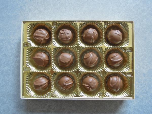 カウチサーフィン(オーストラリア、ジェンマ)、チョコレートの中身