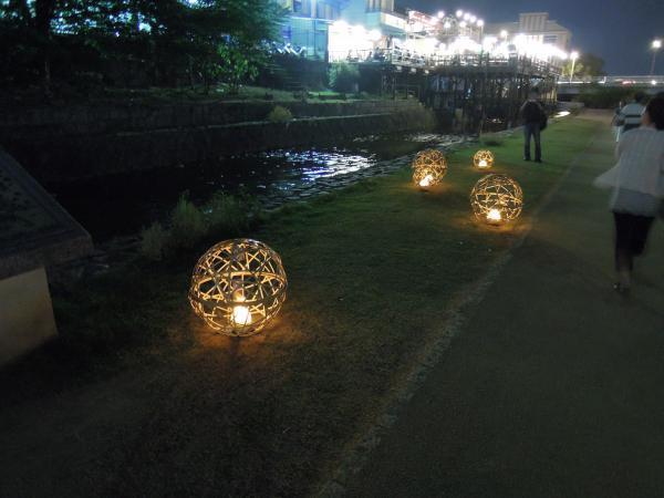 京の七夕・鴨川会場、光のオブジェ・その3