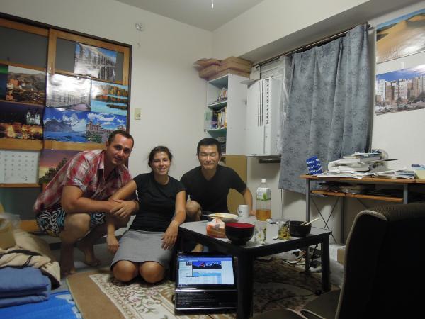 カウチサーフィン(フランス、マリオン)、(スロベニア、ダニエル)、私と