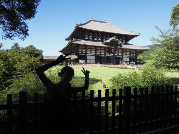 カウチサーフィン(オーストラリア、ヴァネッサ)、東大寺
