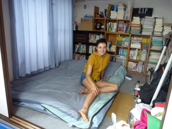 カウチサーフィン(チェコ共和国、ルカ(ルーマニア))、私の部屋にて。