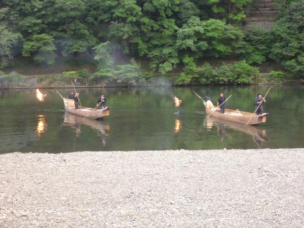 京都・嵐山の鵜飼い