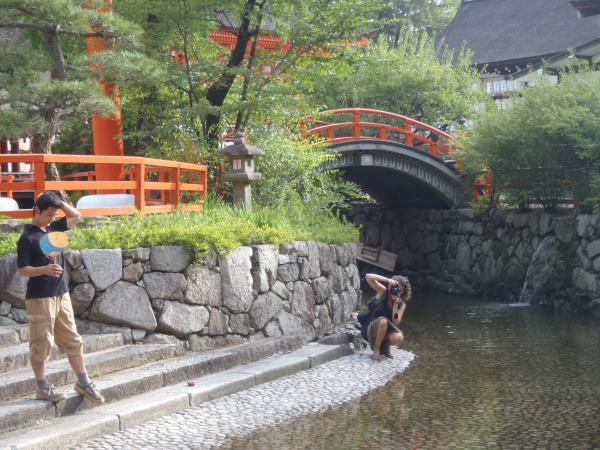 カウチサーフィン(スペイン)、マリアと私。下賀茂神社にて。