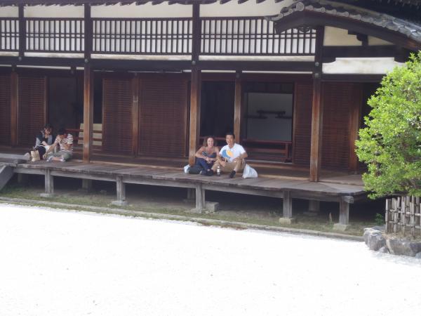 カウチサーフィン(スペイン)マリアと私。仁和寺にて。