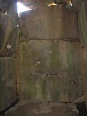 石舞台古墳石室内部