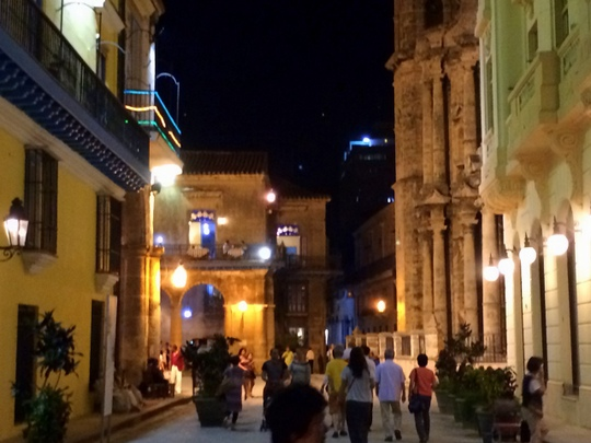 1-ハバナの街中 (3)