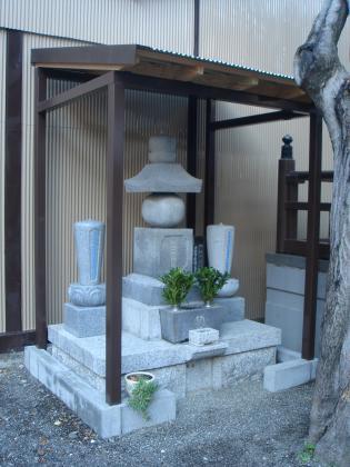 大安寺歴代住職の石塔