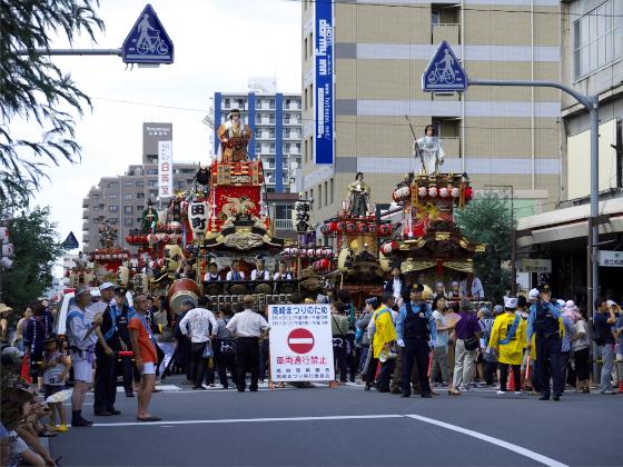 高崎祭りの山車勢揃い