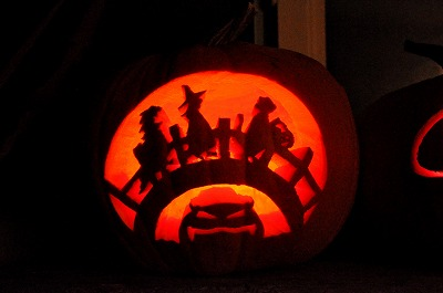 2012Pumpkin carving5