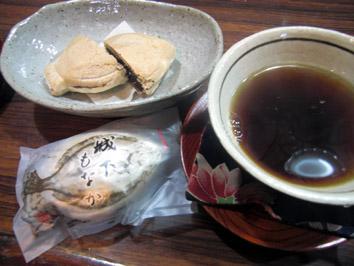 フリマ0301 お茶とお菓子