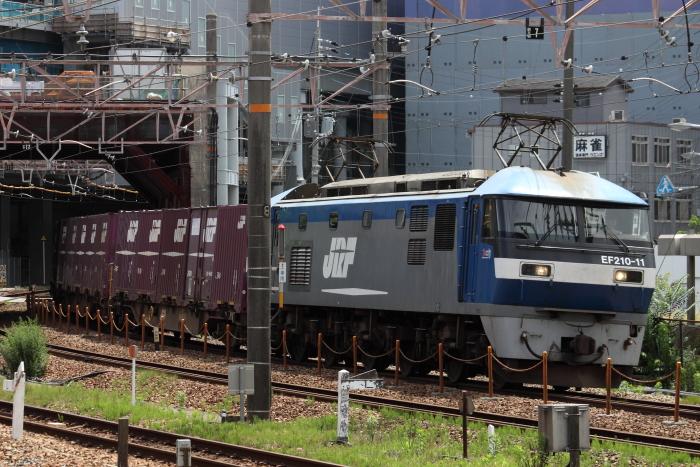 EF210-11の貨物(列番不明)