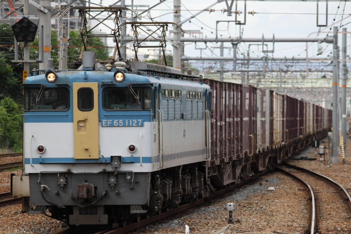 EF65 1127「新」の5087レ(新大阪)