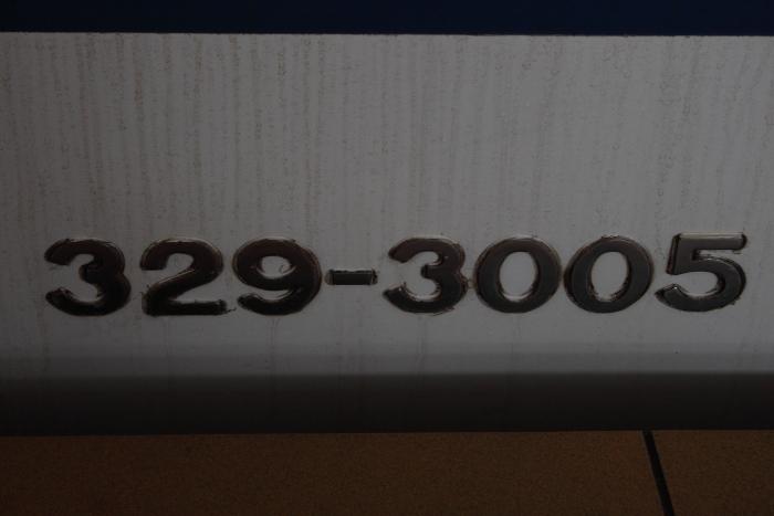 329-3005の側面車番
