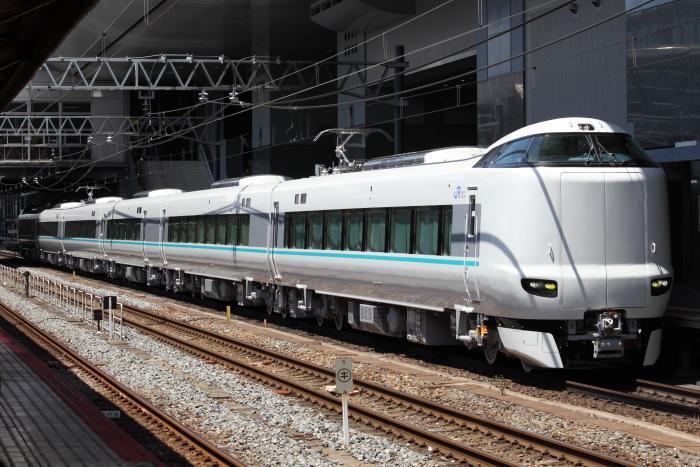 京都駅停車中の「くろしお」用287系
