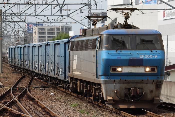 EF200-9の3460レ