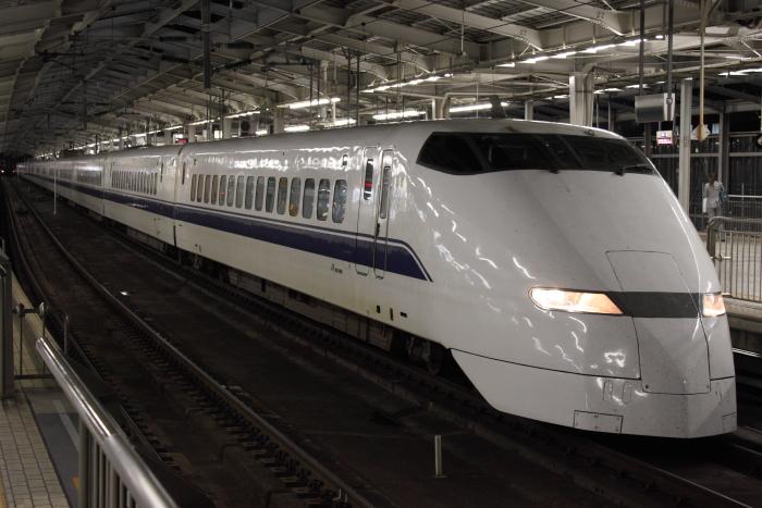 300系F2編成廃車回送(2/停車中)