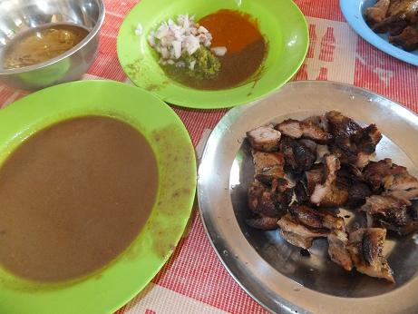 アジャラの豚肉
