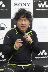 脅迫被害を告白した吉松育美さんの支援を呼び掛ける茂木健一郎氏