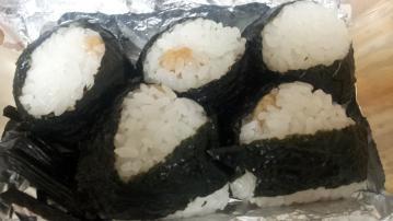 天むす 千寿 近鉄パッセ店 (2)