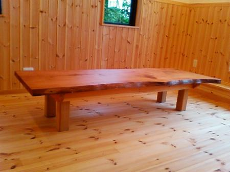 長テーブル1