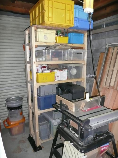 作業場の棚