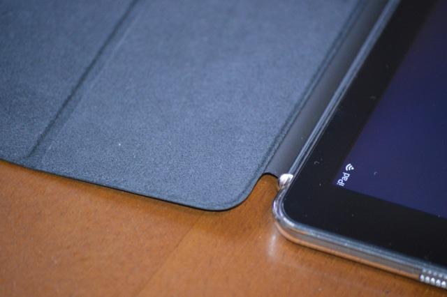 iPad Air スマートカバー ヒンジ2