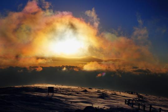 006 2008.01.30-山頂の彩雲-01