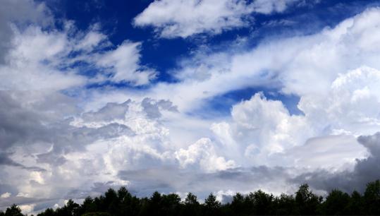 036 2008.06.23-梅雨の青空-02