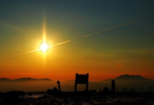 2009.01.07-飛行機雲-01