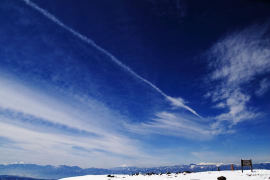 2008.12.29-飛行機雲-01