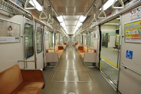 20100704_osaka_subway_70-in01.jpg