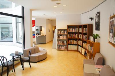 きだび図書館2014全景