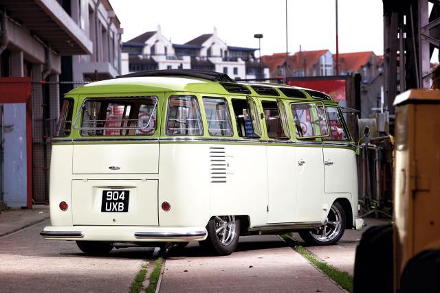 VW_BUS_904UXB_1.jpg