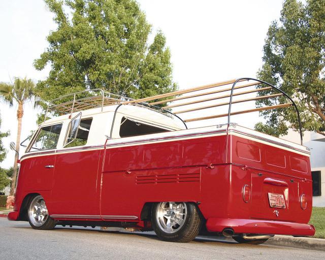 VW_Pickup_6ZV4.jpg