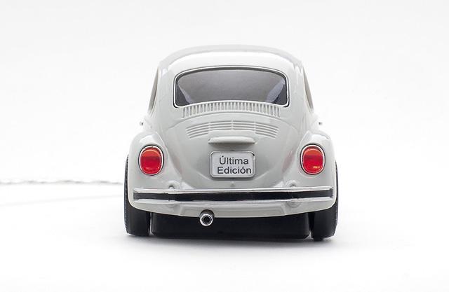 beetle-white3.jpg