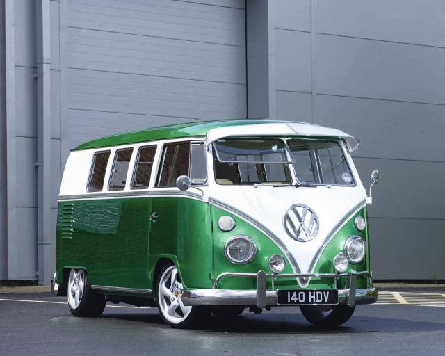 green_bus-1.jpg