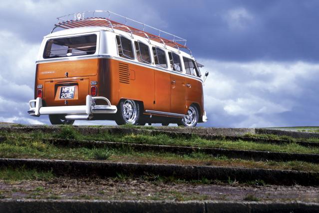 vw-bus-hfx201e2.jpg
