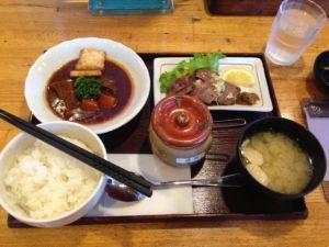 定食屋ジンベイ 牛タン