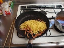 金の麺カルボナーラ、ほうれん22